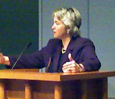 image of Annise Praker speaking