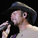 When country music superstar Tim McGraw makes a stop at the Houston Livestock Show and Rodeo tonight, fans will be happy to know that a portion of the proceeds from his tour stop will benefit SEARCH Homeless Services.  Pat Hernandez has more.