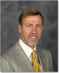 Dr. Earl Smith, Professor and Dean of the UH College of Optometry