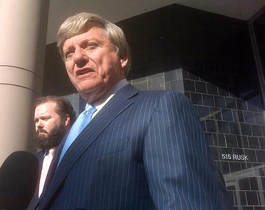 Rusty Hardin, Jerry Eversole's attorney