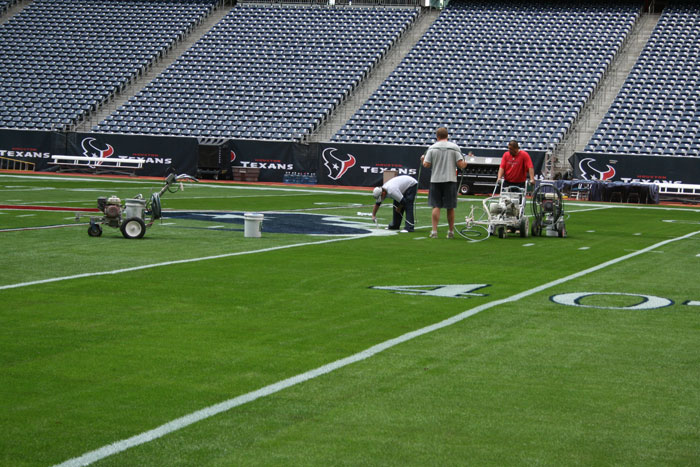 Texans field, prepping before playoff game