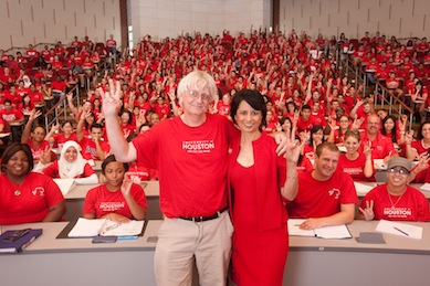 Professor Simon Bott with his class and UH President Renu Khator