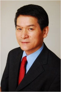 Dr. Shaun Zhang, researcher with the UH Center for Nuclear Receptors and Cell Signaling