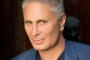 Photo of American composer John Corigliano