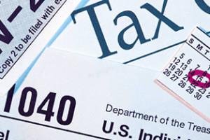 Neighborhood Centers Trains Volunteers To Help Houston Residents Prepare Tax Returns